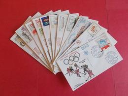 SAINT PIERRE ET MIQUELON  1 Lot D'enveloppes 1er Jours De L' Année 1988 - Stamps