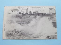 Une Vague Contre La Jetée LE BOURG-DE-BATZ ( A. Thuret ) Anno 1903 ( Voir Photo ) !! - Batz-sur-Mer (Bourg De B.)