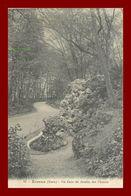 27 * Evreux  *  Un Coin Du Jardin Des Plantes     ( Scan Recto Et Verso ) - Evreux
