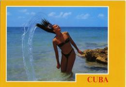 PIN-UP   CUBA  Enjoying The Sea - Pin-Ups