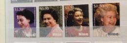 Niue 2007 80TH QE2 SET AND SHEET MNH CV £18 IN 2010 - Niue