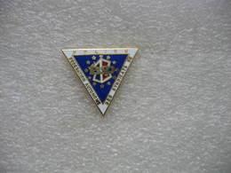 Pin's De La Fédération Autonome Des Syndicats De Police - Police