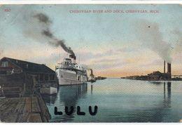 ETATS UNIS : MI : Cheboygan River And Dock , Michigan - Etats-Unis