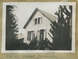 (Loire-Atlantique) 2 Photos : Chalet à Gourmalon + Maison Guihal à Sainte-Pazanne (Avenue De La Gare). Vers 1910 . - Lugares