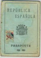 Passeport Espagnol Valable Pour L'Europe Hors Russie. España. Pasaporte. Délivré à Barcelone En 1933. Peintre. Allemagne - Documents Historiques