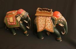 Zwei Elefanten Aus Indien - Asiatische Kunst