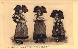 Jeune Paysanne Apportant Du Kougloff. - Collection L'Alsace. - Alsace