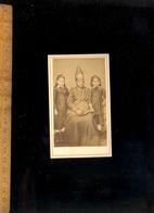 Photographie CDV Des Colonies : 2 Fillettes Et Nourrice Africaine / Photographe BONNEVIDE Paris (et SENEGAL Afrique) - Personnes Anonymes