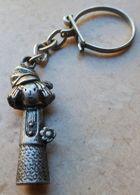 Porte  Clefs:    STEENVAL - Key-rings