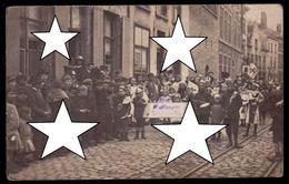 WWI - 1916 - BRUGGE - ZELDZAME FOTOKAART OPTOCHT VOOR DE VREDE IN DE SINT JORISSTRAAT - - Brugge