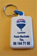 SHOPPING CART TOKEN / JETON DE CADDIE - REMAX - PAULO MACHADO - LUMIAR / PORTUGAL / 01 - Trolley Token/Shopping Trolley Chip
