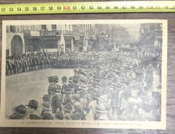 ANNEES 20/30 LA MANIFESTATION DES SCOUTS DEVANT LE MONUMENTS AUX MORTS DE LILLE - Vieux Papiers