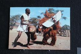 An-3 / L'Afrique En Couleur - Masques Et Danseurs  - Éditions  HOA-QUI ( Échantillon Collection )  / Circulé - Cartes Postales