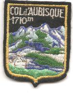 Cb2.g-  Col D AUBISQUE Ecusson Blason à Coudre - Obj. 'Remember Of'