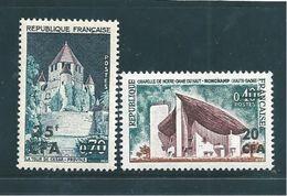 Colonie Timbres De Réunion De 1965/67  N°361 Et 374 Neufs ** Parfait - Réunion (1852-1975)