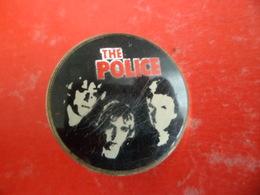 No Pins Pin's Original Vintage Badge Broche Musique The Police Rock Britannique - Muziek