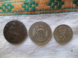 Great Britain: Lot 3 Coins 1916 - Farthing, 3 Pence, 6 Pence - 1902-1971 : Post-Victorian Coins