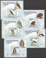 J128 2009 S.TOME E PRINCIPE FAUNA BIRDS AVES DE RAPINA 5 LUX BL MNH - Eagles & Birds Of Prey