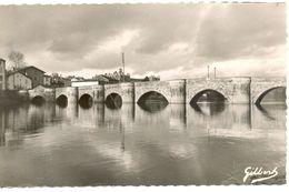 France - Charente - Confolens - Le Vieux Pont Sur La Vienne - Collection Wolff Tabacs C.48 - Ecrite - 4615 - Confolens
