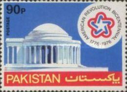 PAKISTAN MNH (**) STAMPS (  The 200th Anniversary Of American Revolution -1976) - Pakistan