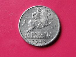 Espagne 10 Centimos 1945 Gouv.nationaliste Km#766   Superbe  Aluminium - 10 Céntimos