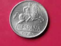 Espagne 10 Centimos 1945 Gouv.nationaliste Km#766     Lot 2      Superbe  Aluminium - 10 Céntimos