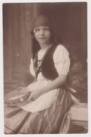 26418 Carte Photo Belgique Westende Sept 1925 -Ostende Gitane Tambourin -De Souter Marché Herbes - Westende