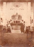 Rare Photo Albuminée, Pas Carte Postale. Prise à L'Hopital De Tchongking, Chapelle De L'hopital, Autel, 8 X 11 Cm - China