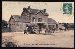 MERU Gare Avec Autobus - Meru