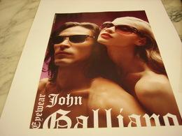 PUBLICITE AFFICHE LUNETTE JOHN GALLIANO - Vintage Clothes & Linen