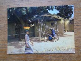 """Côte D'ivoire , Tisserand Au Village """""""" Beaux Timbres """""""" - Côte-d'Ivoire"""