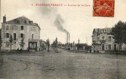 CPA - FOUCHAMBAULT (58) - Aspect De L'avenue De La Gare Et De L'Hôtel Des Forges En 1918 - France