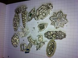 Lot Broches Strass à Rénover. - Jewels & Clocks