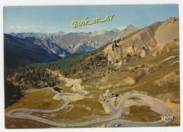 {77935} 05 Hautes Alpes Le Col D' Izoard , Les Lacets Du Col , Le Refuge Napoléon , Le Mont Thabor Et L' Italie - Non Classés