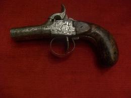 Pistolet à 2 Canons à Balle Forcée - Armes Neutralisées
