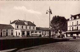 Allier, Montluçon, La Gare    (bon Etat) - Montlucon
