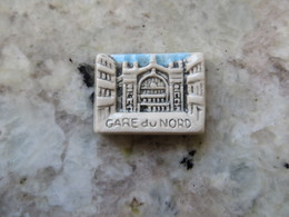 Feve Perso Mauduit  Paris - La Gare Du Nord 1992 ( Inscription Inversée ) - Other