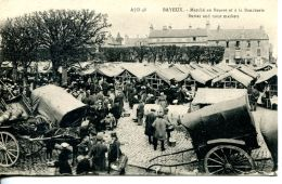 N°3876 A -cpa Bayeux -marché Au Beurre Et à La Boucherie- - Bayeux