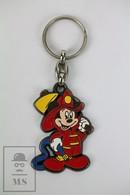 Vintage Walt Disney Mickey Mouse Character - Firefighter Keyring - Llaveros