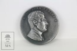Spanish Medal King Juan Carlos I - 22 November 1975 - Signed By Pujol - Royal/Of Nobility