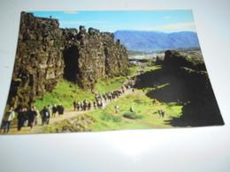 B680  Almannagja Islanda Non Viaggiata Presenza Leggera Piega - Islanda