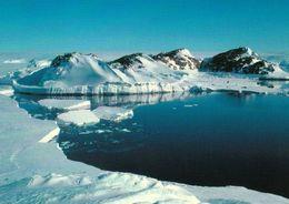 1 AK Antarctica Antarktis * Le Pré Terre Adelie - Landschaft Im Adélieland * - Postcards