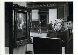 Paris : Sidelong Glance 1948 Par Doisneau - Doisneau