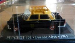 PEUGEOT 404   BUENOS AIRES 1965 ARGENTINE COLLECTION TAXIS DU MONDE ALTAYA  GALERIE CASQUETTE ECH. 1/43 - Cars & 4-wheels