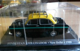 TAXI HINDUSTAN AMBASSADOR INDE NEW DELHI 1980  COLLECTION TAXIS DU MONDE ALTAYA  VOITURE MINIATURE ECH. 1/43 - Cars & 4-wheels