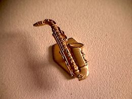 Epinglette Boutonnière Saxophone - Other Collections