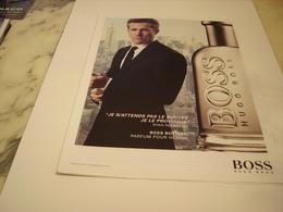 PUBLICITE AFFICHE PARFUM HUGO BOSS AVEC RYAN REYNOLDS - Perfume & Beauty