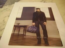 PUBLICITE AFFICHE VETEMENT BOTTEGA VENETA - Vintage Clothes & Linen