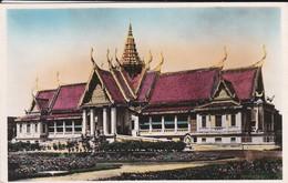 CAMBODGE--ville De PHNOM-PENH--palais Royale--habitation De Sa Majesté---voir 2 Scans - Cambodge