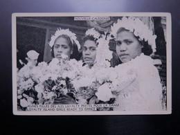 C.P.A. Nouvelle Calédonie Jeunes Filles Des Iles LOYALTY Prêtes Pour La Danse, RARE - New Caledonia